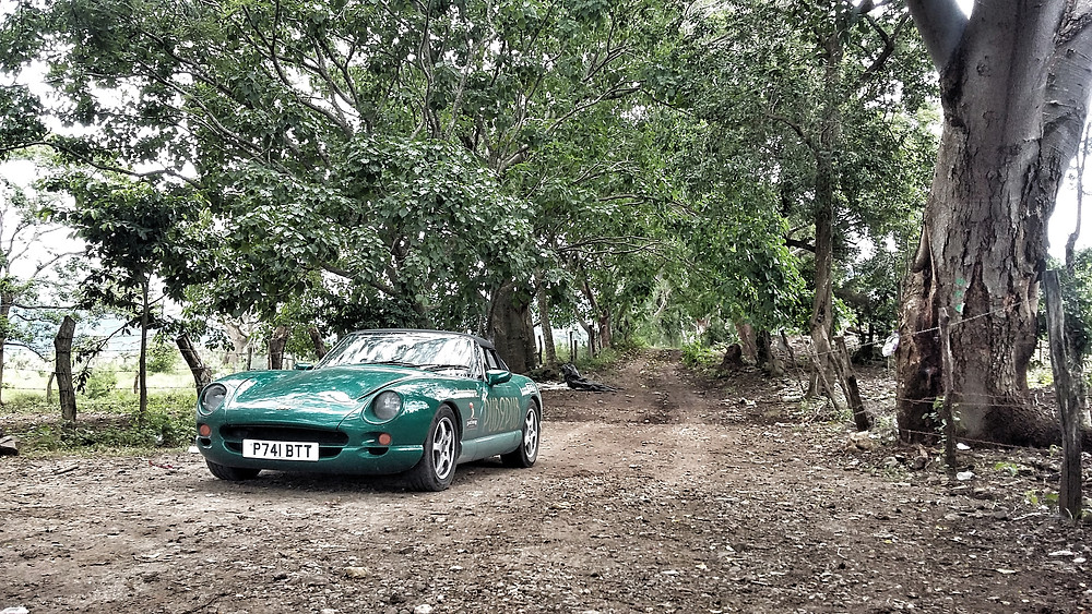 Green TVR Chimaera in Mexico during the Pub2Pub Expedition overlanding trip