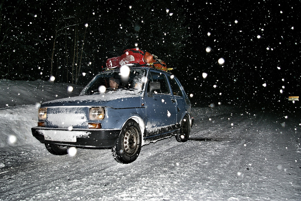Blue Fiat 126 Arctic adventure