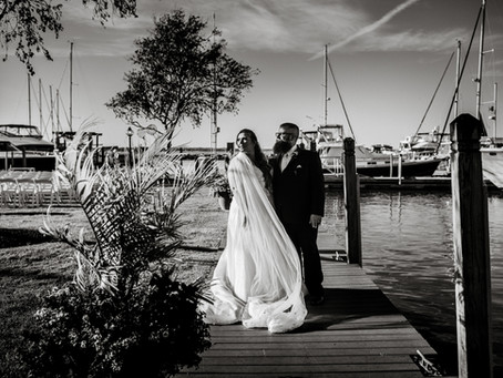 Amanda + Chris's Marina Wedding at the Sandusky Yacht Club