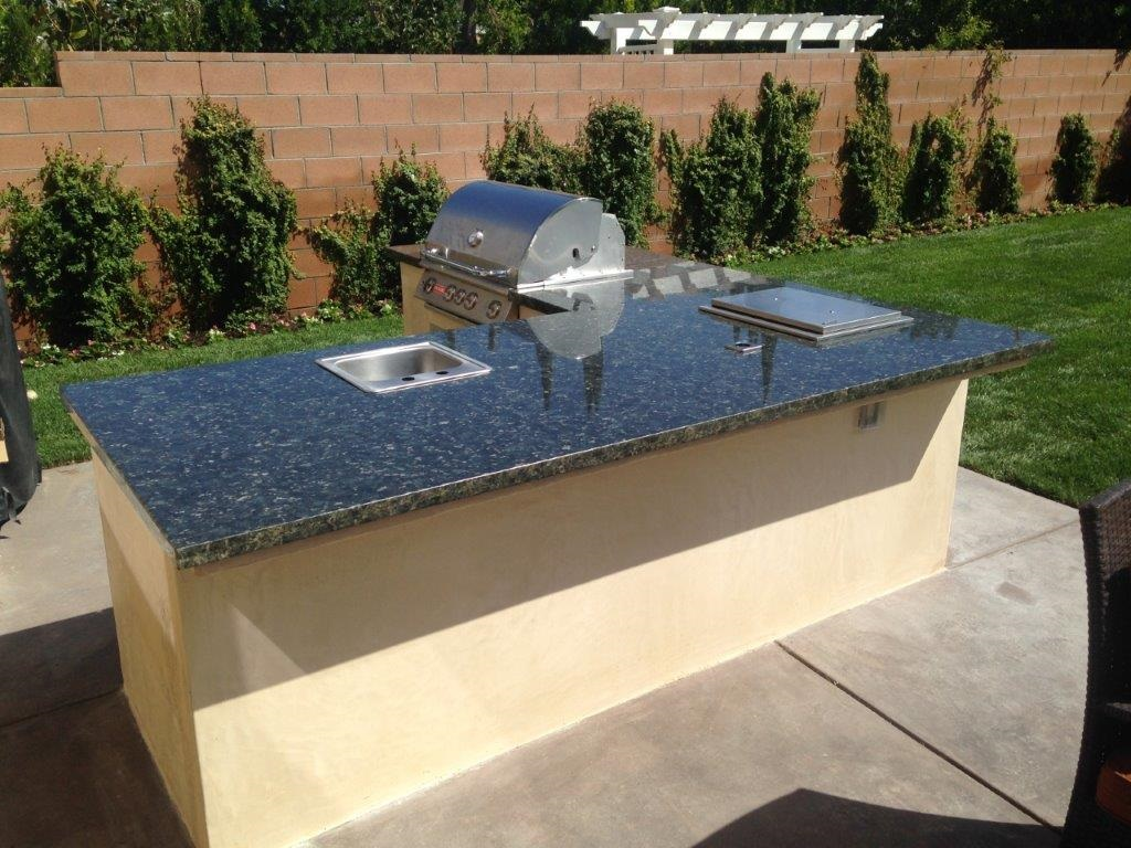 BBQ & Outdoor Bar Entertainment Area