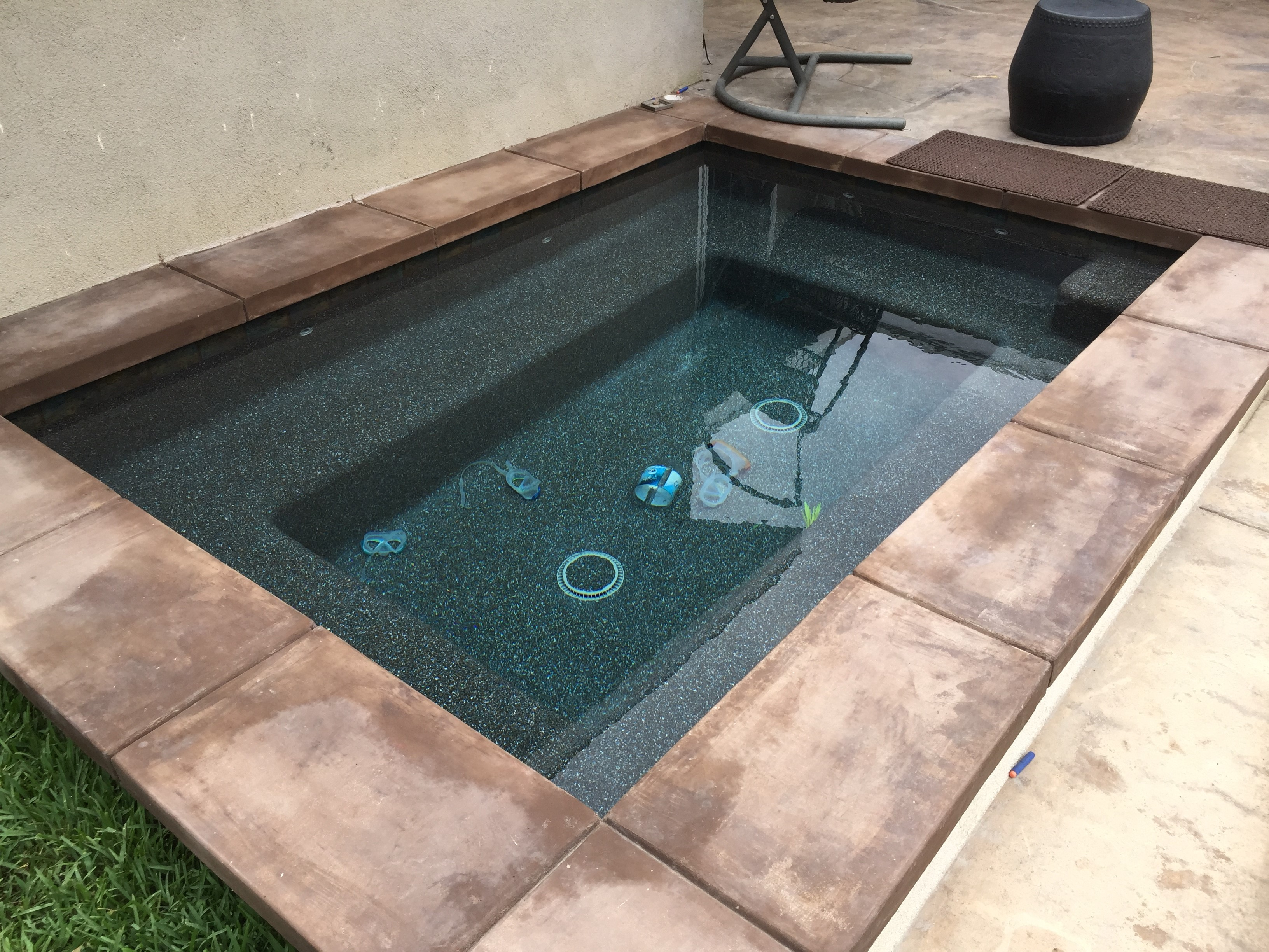 Feature Spa with Coping
