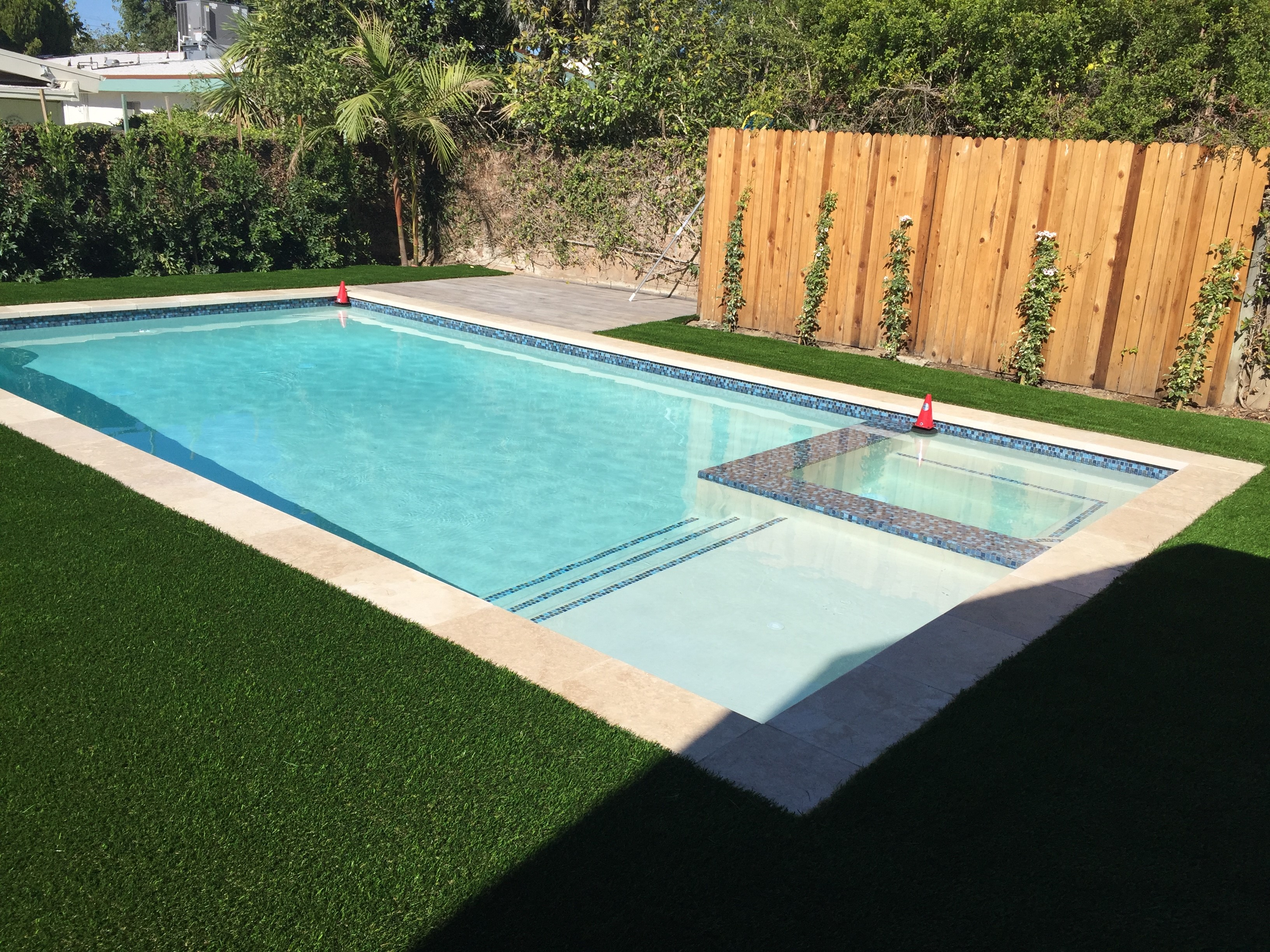 Pool and Tiled Edge Spa