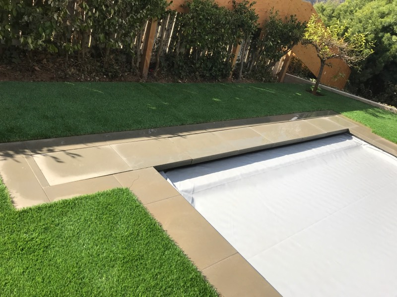 Automated pool cover over new pool and spa Brentwood