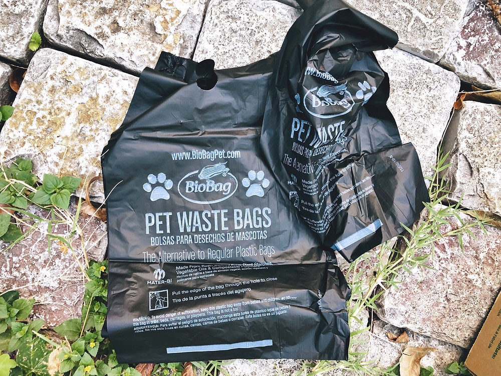 Use biobags instead of traditional plastic to dispose of pet poop!