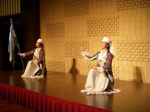 日本のウズベク舞踊は意外な所が発祥地