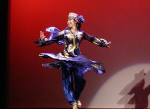 ウズベクダンスのターンテクニック①