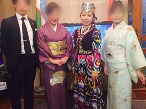 ウズベキスタン大使館にて披露しました