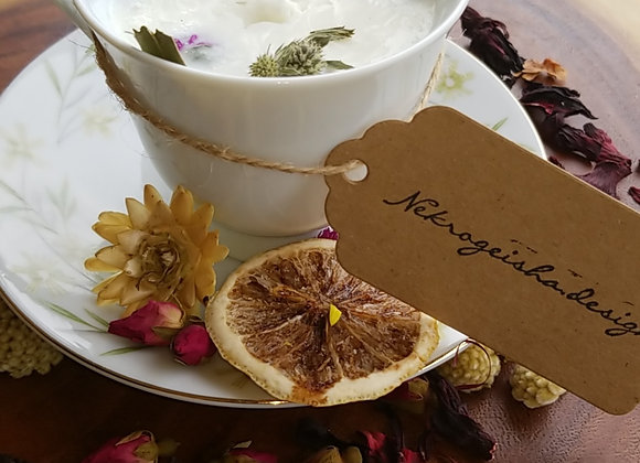 Greenery Wreath Tea Cup