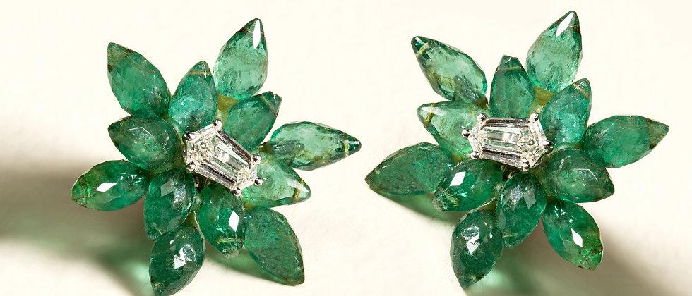 Emerald Star Burst Earrings set in 18kt White Gold with Kite Diamonds.