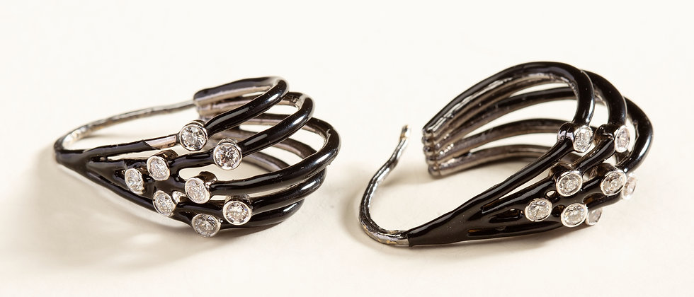 18kt Gold and Diamond Earrings woven with Black Enamel