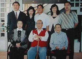 xijinping_family.jpg