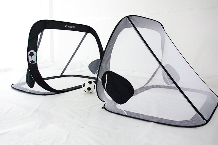 5 x 3 Ft. Pop-up/Fold-able, Portable Soccer Football Nets w/Carry Case.