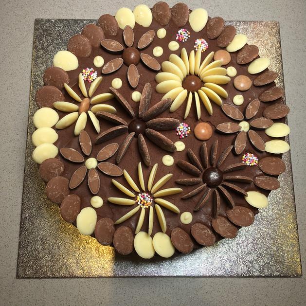 Kates Kakes Chocolate Fudge Cake!