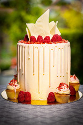 Raspberry Ripple And White Chocolate Cak