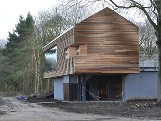 TopHill Low New Viewing Building