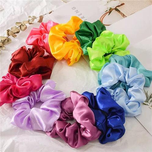 50 scrunchies de colores