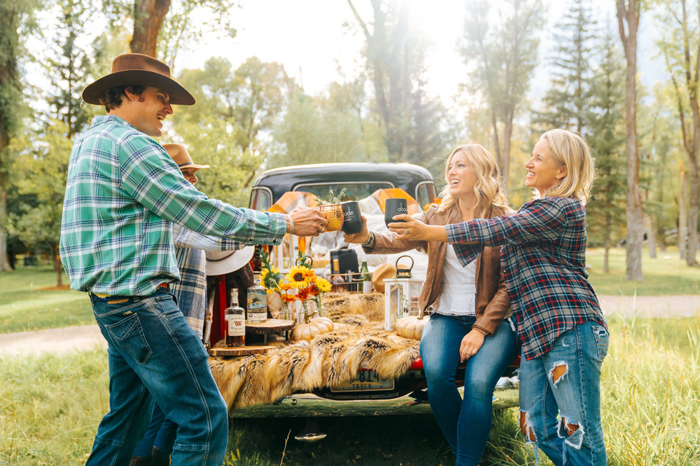 cheers outdoor picnic.jpg