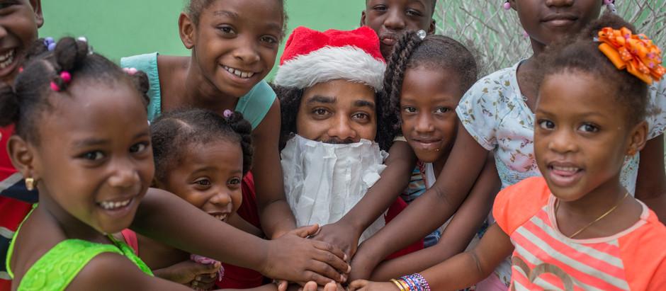 Dominiño wünscht frohe Weihnachten.