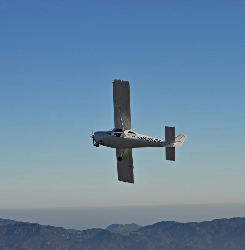 Cessna 162 Skycatcher - N6050A