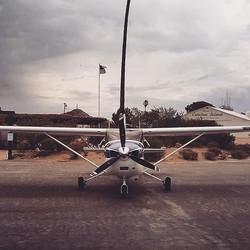 Cessna 182   Catalina Island