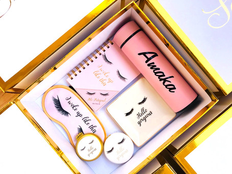 HOW TO GIVE YOUR BRIDESMAIDS THE PERFECT GIFT