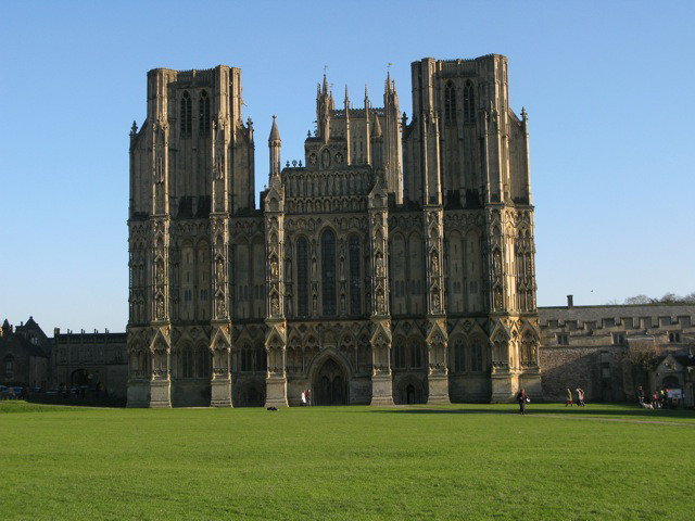 Wells Cathedral in the sun
