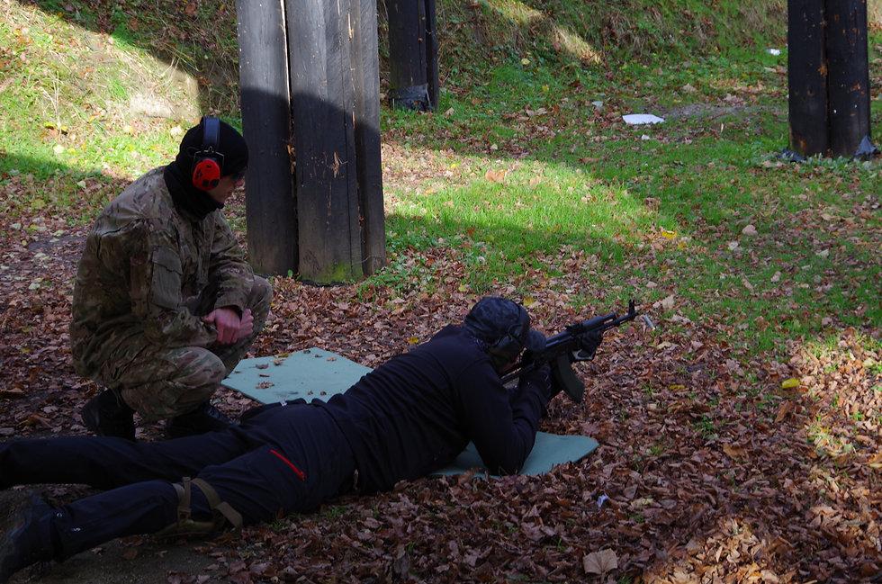 Shooting Drill Academy. SDA. Kontakt. Szkolenia. Taktyka. Terenoznawstwo. Topografia. O nas.