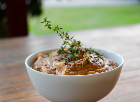 Hummus with Thyme and Smoked Paprika