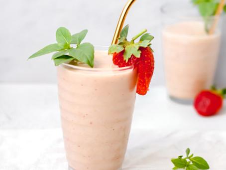 Basil & Strawberry Smoothie
