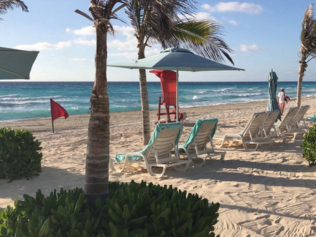 Vacation Tips For Daily Hair Wearers