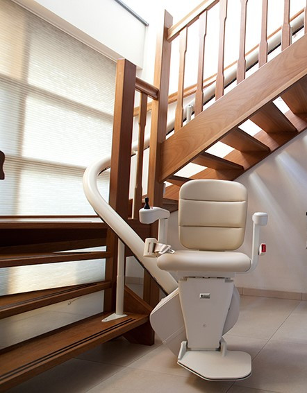 Home Curved Stairchair