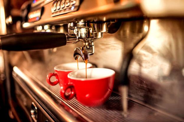 Kaffemaschine_edited.jpg