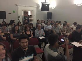 El público durante la presentación de la propuesta de paz del Dr. Ikeda, presentada por miembros de la Soka Gakkai de México.