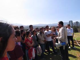 Visita a la zona ecoarqueológica de Cuicuilco con el director de la zona.