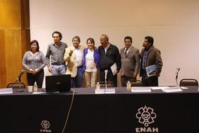 mesa sobre Deterioro ambiental y desarrollo sustentable.