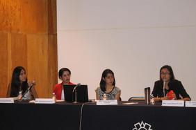 Foto de una mesa sobre empoderamiento ciudadano.