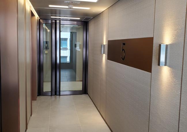 46TYS_Corridor.jpg