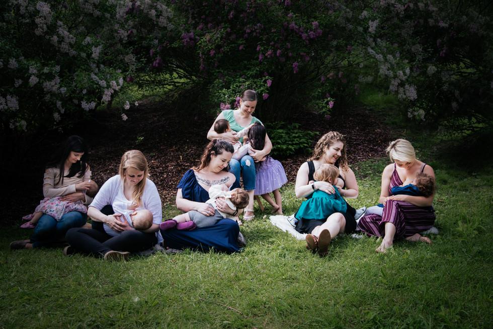 GroupBreastfeeding-5.20.18-102.jpg