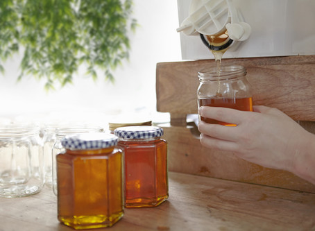 Suffer From Dry Skin? Make Your Own Natural Coconut Honey Balm For Your Dry & Cracked Skin.