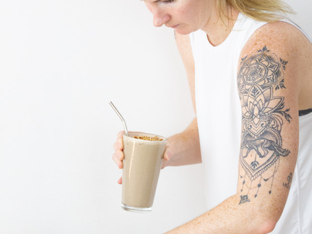 4 Smoothie Hacks To Help You Balance Your Hormones