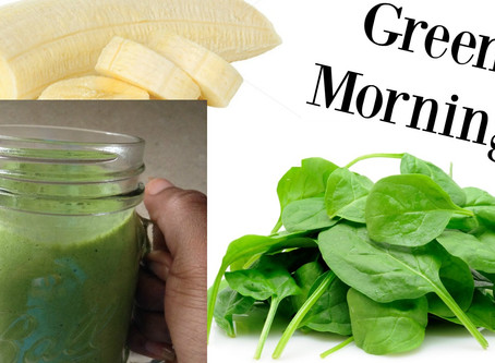 How To Make A Banana and Spinach Smoothie For Breakfast