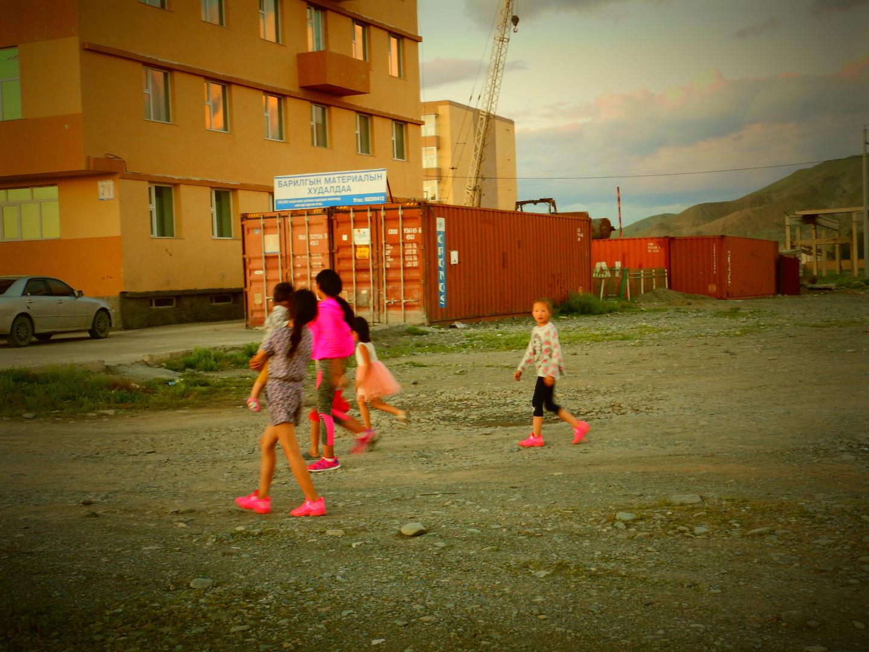 La bande des chaussures roses, Bayankhongor