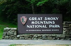 Sign-Great-Smoky-Mtns-Natl-Park (1).jpg