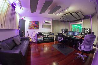 dogmanic-recording-studio-control-room_1