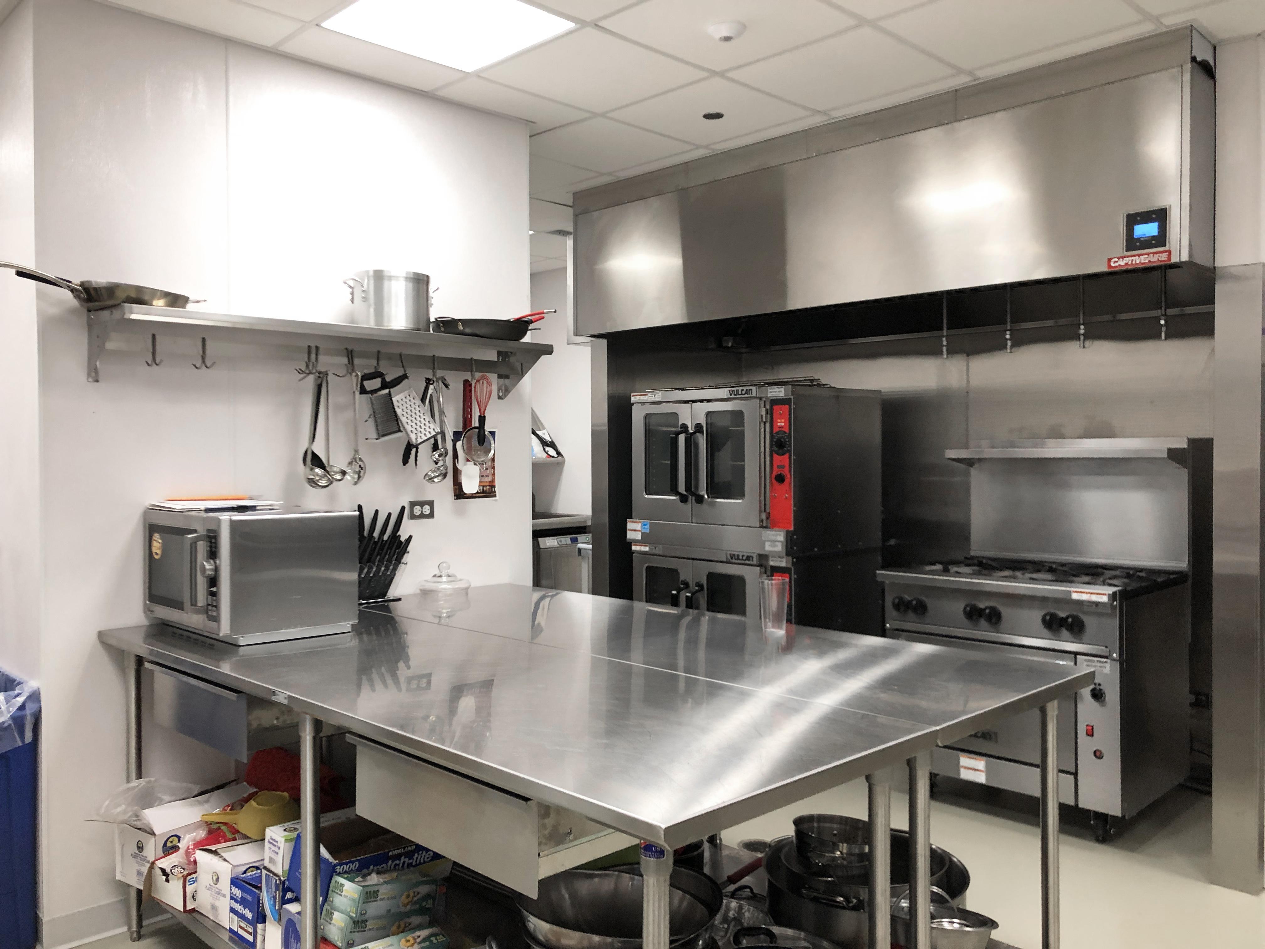 Serving Kitchen