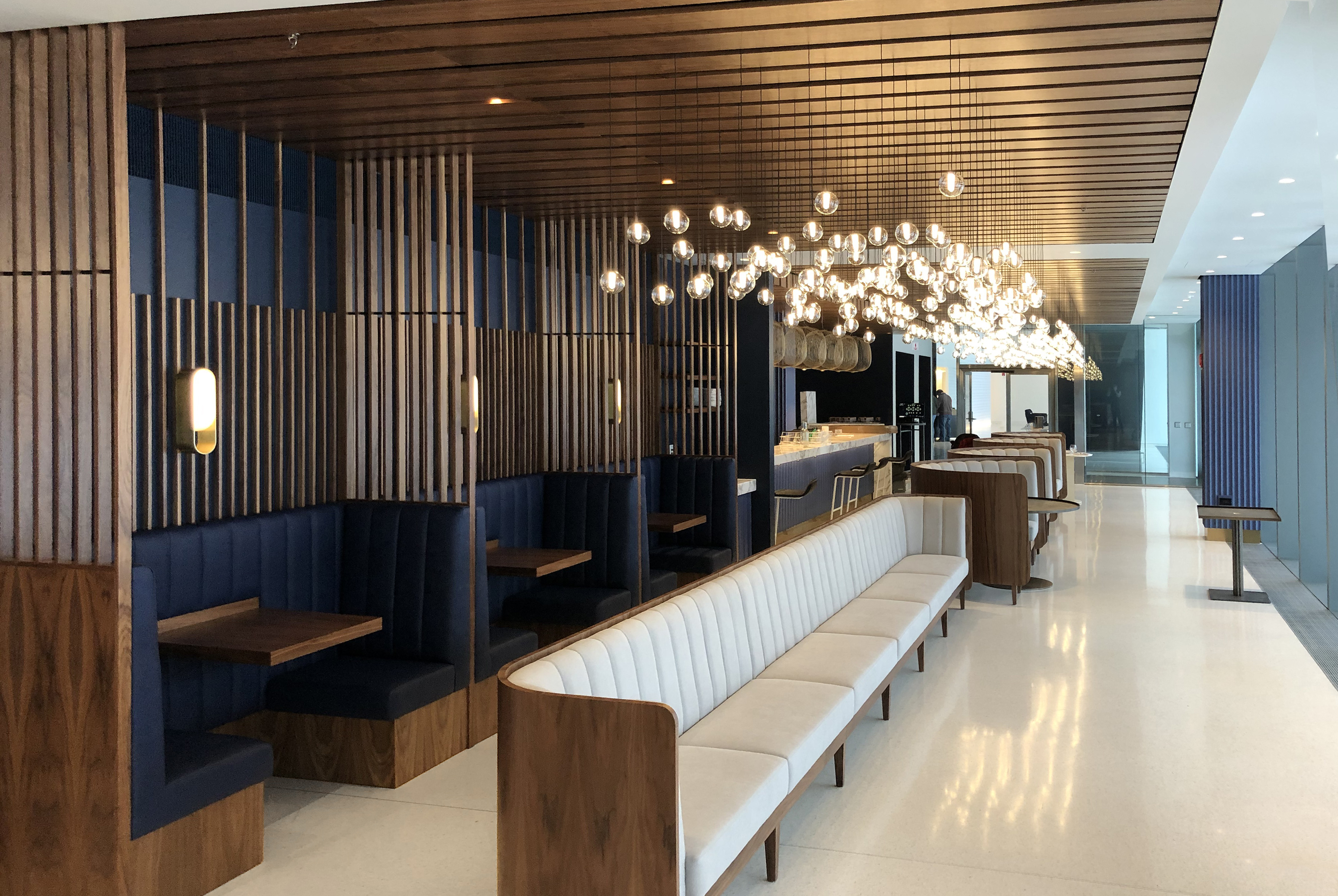 Dining with Booths and Banquettes