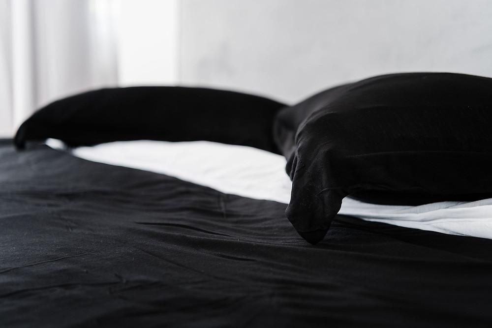 כיצד מצעים איכותיים מסייעים לשינה טובה