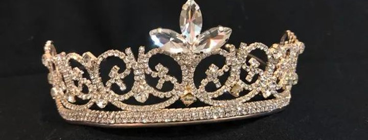 Tiara XV grande alta rose gold