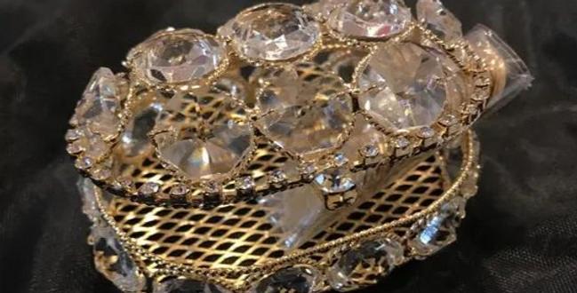 Estuche arras baul de cristales oro