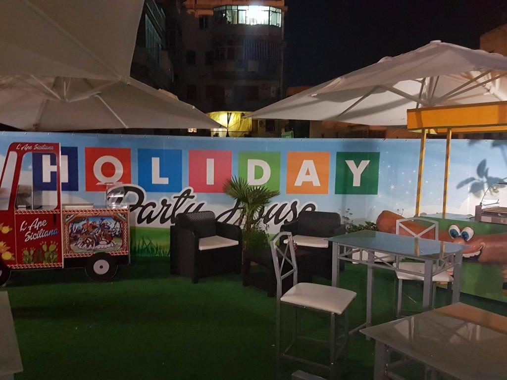 vista-esterno-serale-holiday.jpg